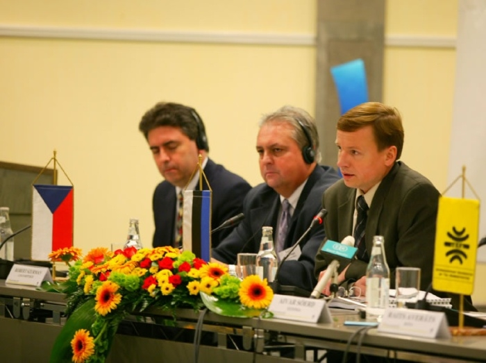 Euroopa Maksuametite Peaassambleel Tallinnas 2003