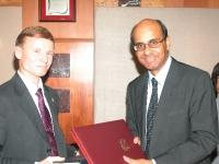 Topeltmaksustamise vältimise lepingu sõlmimine Singapuriga 2006